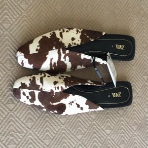 Zara size 12 leather slides brown/white